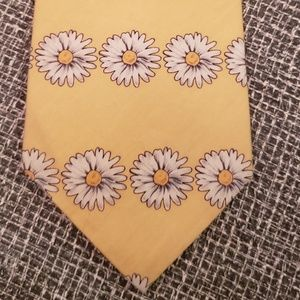 yellow Crazy Daisies neck tie floral cotton 1980's